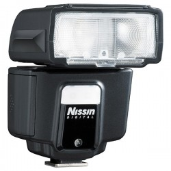 Nissin i40 flash